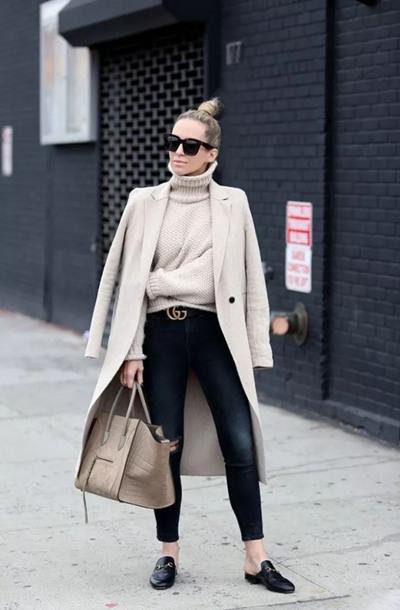 达人秋季穿衣搭配示范 毛呢大衣配这三款鞋让你闪亮街头