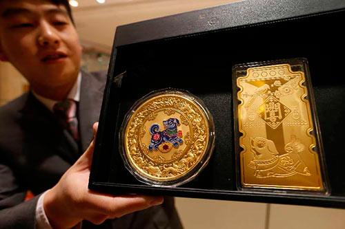 2018狗年金银纪念章发行 一公斤金章售价34.5万元