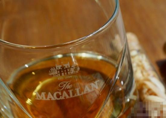 Macallan推出全新第三版限量版威士忌名酒