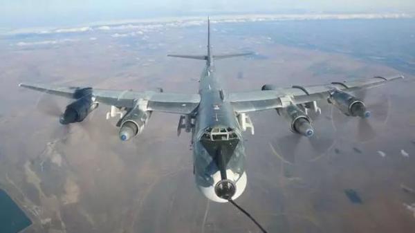 俄再次出动轰炸机 22M3远程轰炸机对伊斯兰国目标实施空中打击