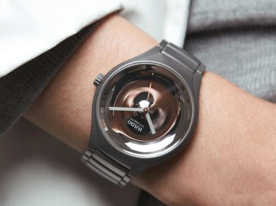 雷达推出全新True Face系列腕表 采用不锈钢抛光工艺