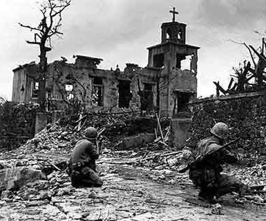血战冲绳岛:日军鼓励居民自杀