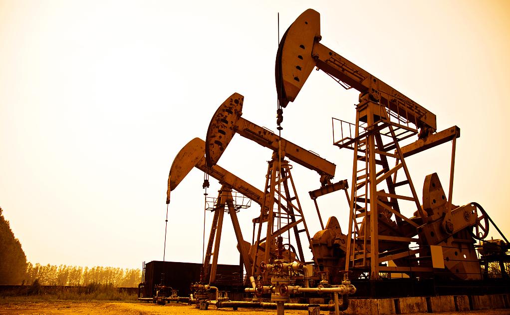 原油多头强劲看好冲新高 11月8日原油期货操作建议