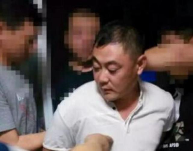 辽宁运钞车案嫌犯获刑15年 持枪状物抢走现金600万用于还债