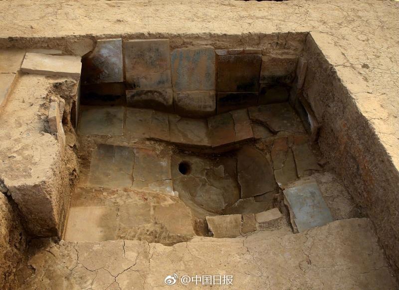 陕西发现王家浴室 完整保存地砖和排水管道