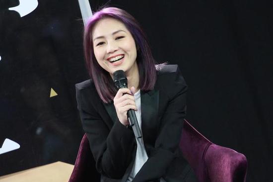 杨千嬅否认参加《歌手》:我是新秀歌唱比赛出身的不用参加了吧