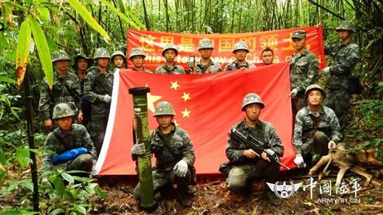 19岁边防战士延期服役 武装巡逻任务中不幸遇难