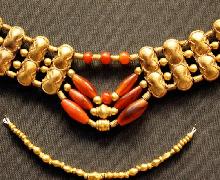 女生黄金项链一般多少克合适佩戴?