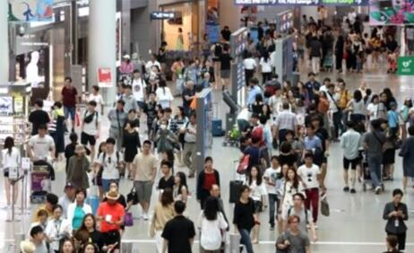韩国游客令人汗颜 出境旅游在公共场所大声喧哗