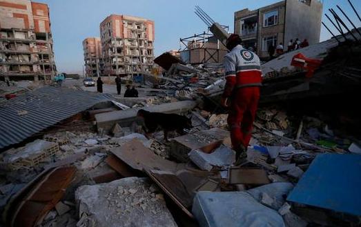 伊拉克与伊朗边境发生强烈地震 伊朗至少445人死亡