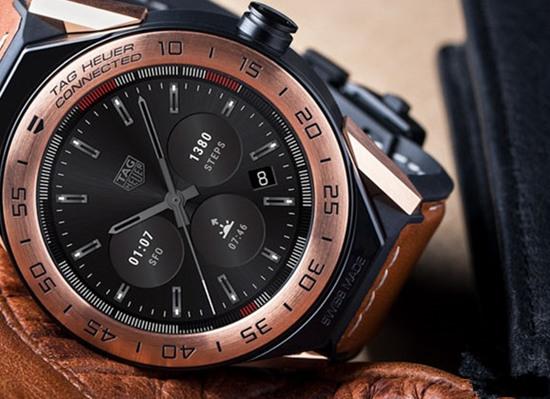 豪雅表推出全新Connected Modular 45智能腕表