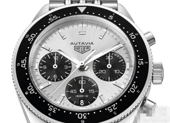 豪雅表推出全新创始人85岁Autavia纪念版腕表