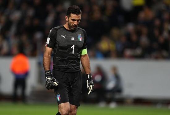 意大利时隔60年再度无缘世界杯决赛 门神布冯流泪退出国家队