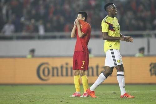 国足0-4哥伦比亚 谁能为国足完成入球任务?