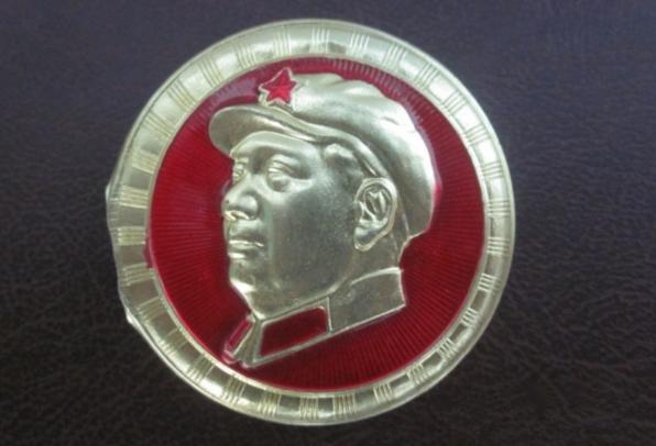 小圆型毛主席戴帽半成品毛主席像章价格多少?