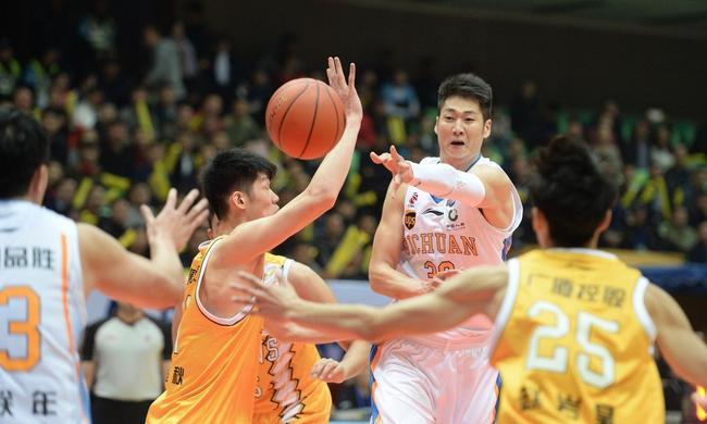 四川男篮青训开始显效 下一个冠军不是梦!