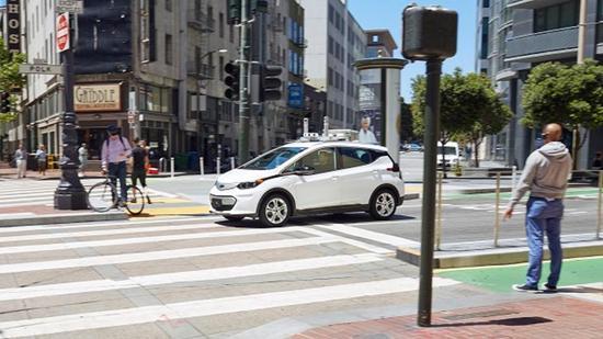 通用计划推出新电动汽车 向特斯拉发起挑战
