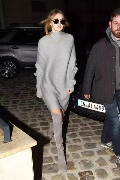 欧美穿衣搭配技巧示范 毛衣长裙+长靴保暖显腿长
