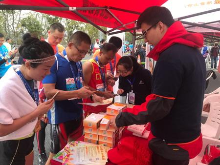 助力健康中国 在马拉松沿途看体彩风景