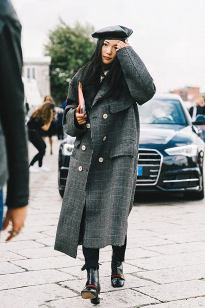 时尚达人街拍穿搭示范 三款大衣造型让冬季元气满满