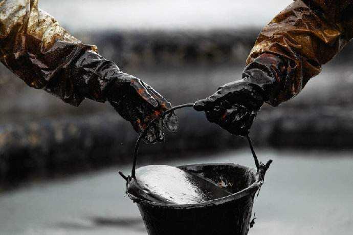 上周原油价格出现六周中首度收跌