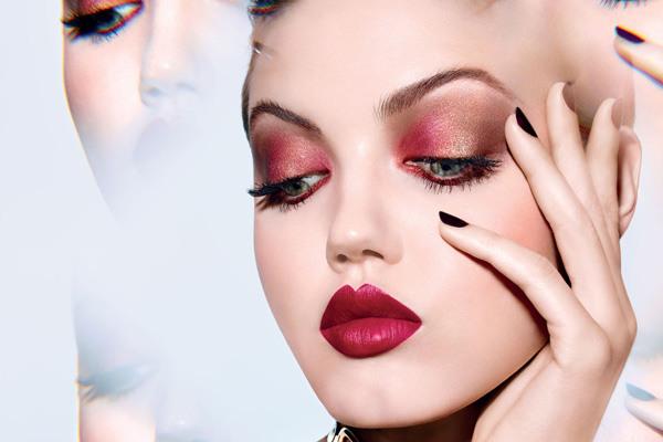 迪奥推出新款Diorific Khol唇膏 打造丝绒般持久妆效