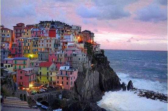 世界十大炫丽多彩的城市 吸引着各国人们的眼球