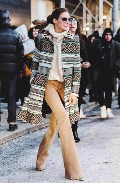 达人服装流行趋势示范 穿好喇叭裤复古又时髦