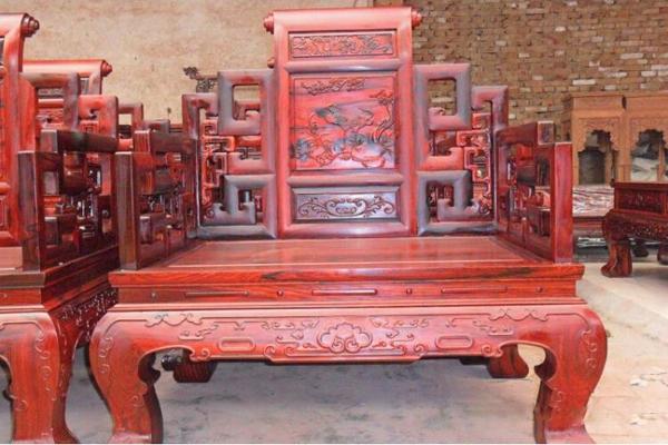 如何识别旧红木家具价值