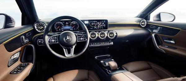 奔驰公布全新A级内饰官图 基于第二代MFA平台进行打造