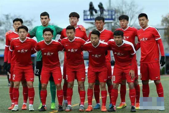 德媒称中国人不值得尊重 球场不应有政治性标语支持藏独本身
