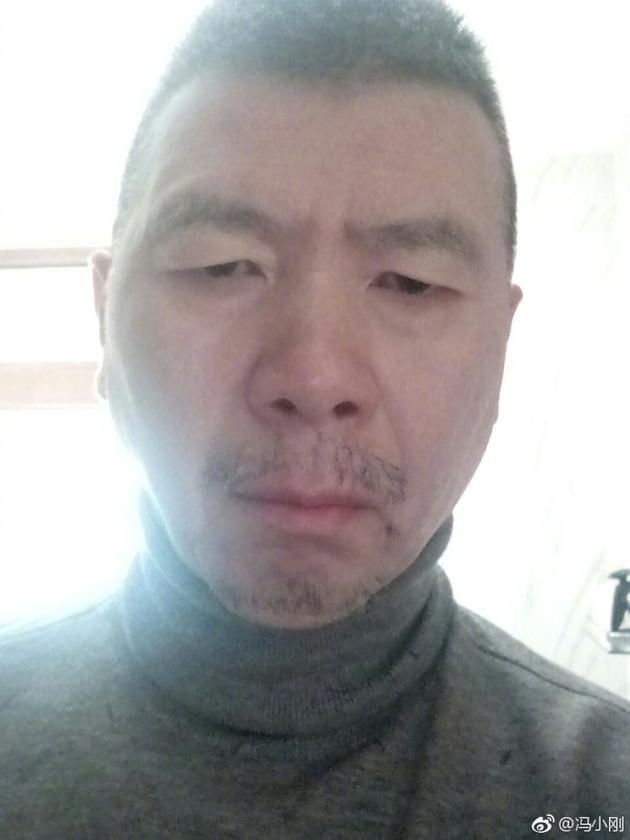 冯小刚微博表示人老记忆下降 与网友评论区玩梗
