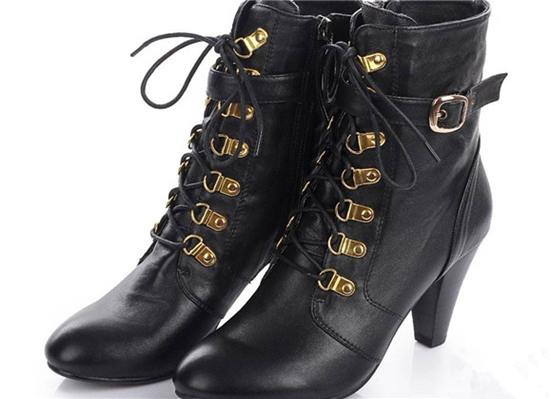 CASINO全新经典系列女鞋 亲民又高端奢华
