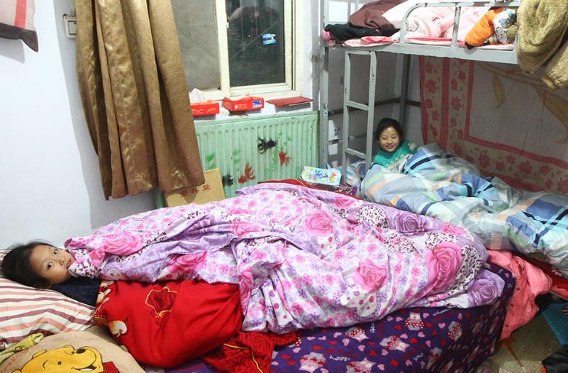 集中供暖外的家庭 盖几层厚被子御寒
