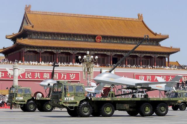 美媒:中国军用无人机风靡全球 或净赚220亿美元