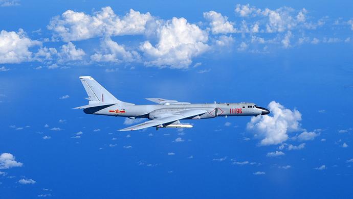解放军飞越行动细节被发现 运-8电子侦察机朝台湾海峡飞去