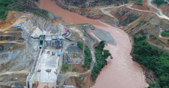 云南在建水电站截流3天即遭遇20年一遇洪水 被指破坏鱼类资源