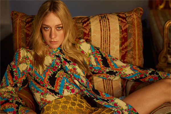 Chloe Sevigny登上《Harper's Bazaar》杂志俄罗斯版封面