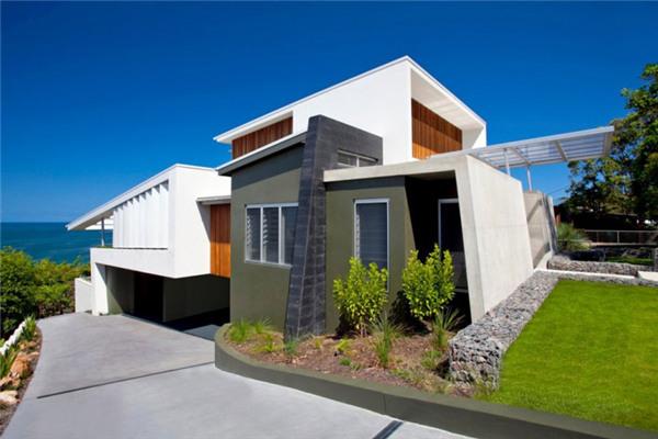 库拉姆海湾豪宅:设计典雅整洁的家庭休闲墅