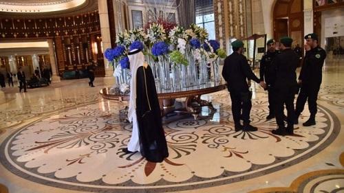 """沙特五星级饭店囚禁被捕王子 欲散尽家产求""""退房"""""""