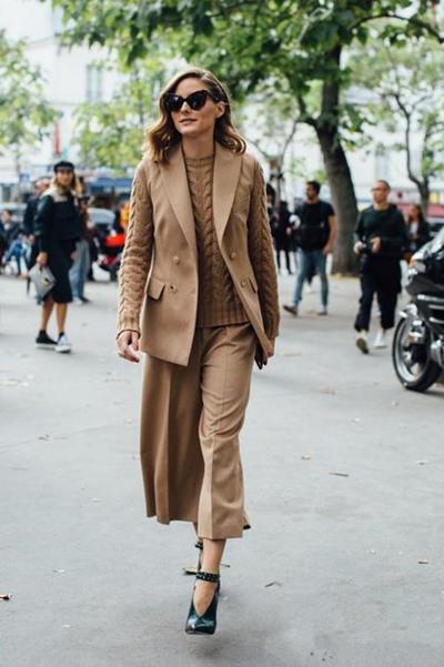 时髦精服装流行趋势示范 五款毛衣让你冬季时髦度MAX
