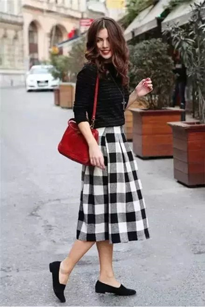 冬季穿衣搭配造型示范 All black才能酷感十足