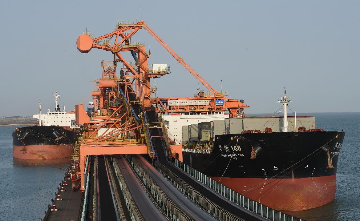 冬季供暖需求以及煤炭主产区限产使动力煤价格上涨