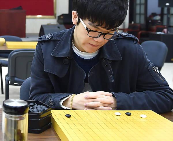 柯洁痛失世界第一 韩国棋手朴廷桓反超中国第一人登顶