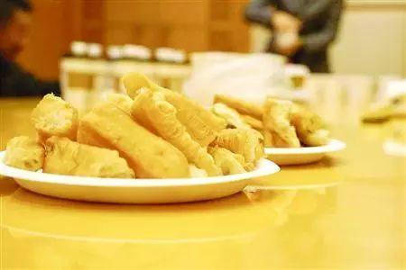 麦当劳声明:油条及其包装在生产过程中没有添加塑化剂
