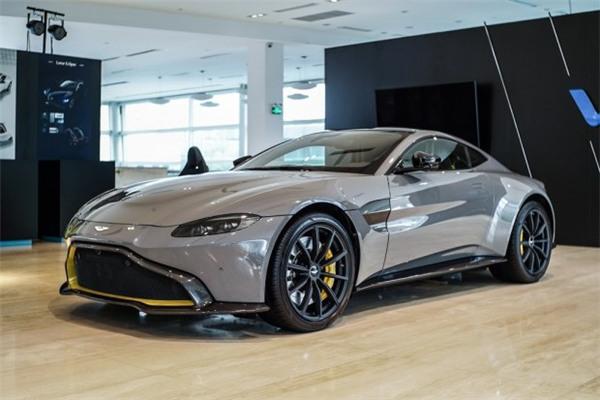 阿斯顿·马丁全新V8 Vantage实车到店 起售价199.80万元