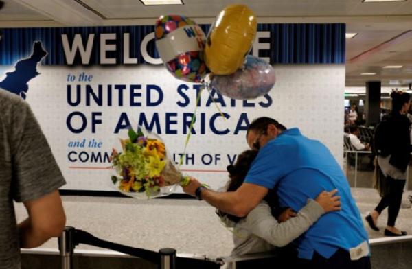 特朗普旅行禁令被通过 意味着所有来自伊朗等6国的旅行者将无法进入美国