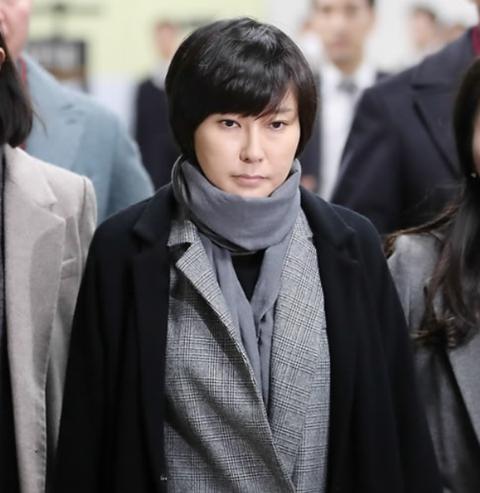 崔顺实外甥女获刑2年6个月 张时浩涉嫌强迫三星集团向韩国冬季体育英才中心提供赞助