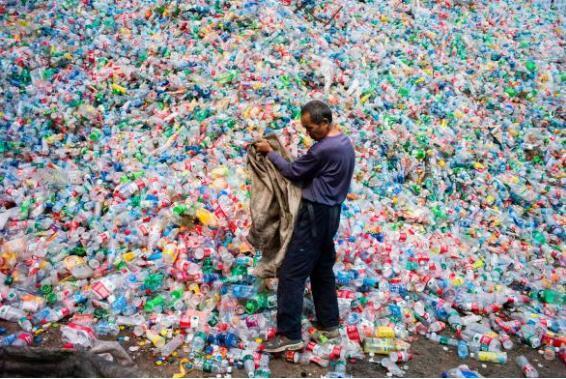 塑料危机席卷全球 高达91%的塑料未被回收利用