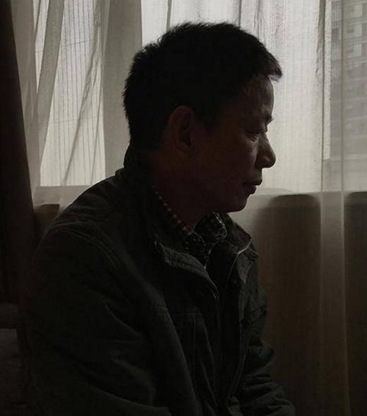 成都男被确诊为艾滋等死七年 得知未感染后决定起诉